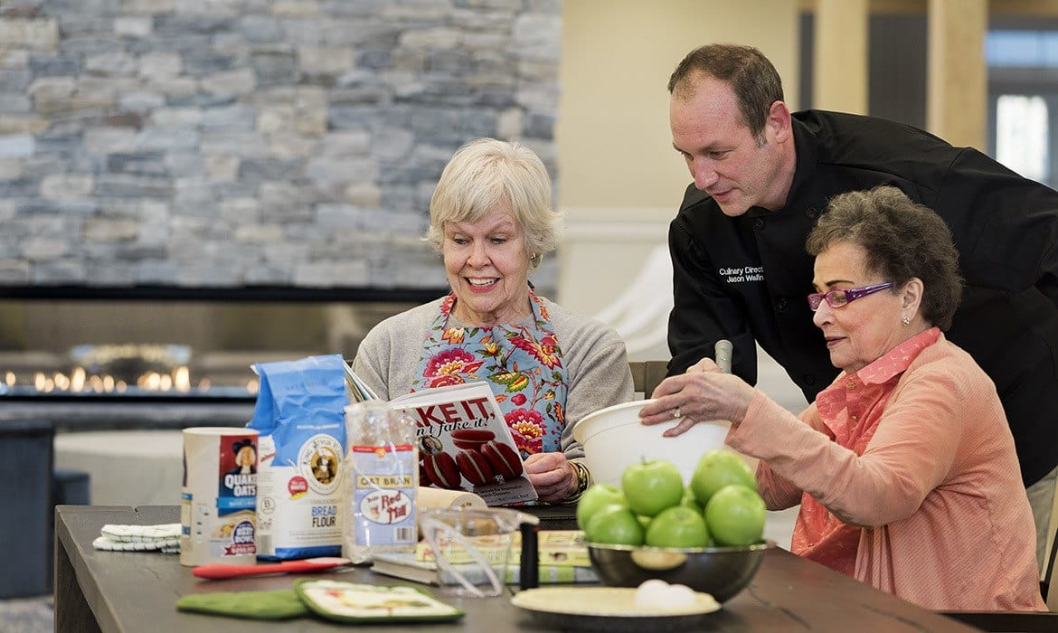 Cooking classes, art classes, and more are available every day at Maplewood at Brewster