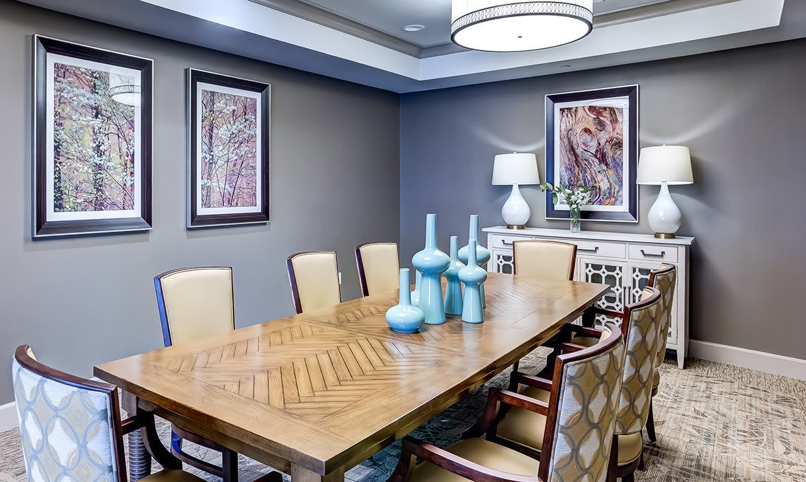 You'll find private dining, as well as casual pub-style and formal dining options at Maplewood at Cuyahoga Falls.