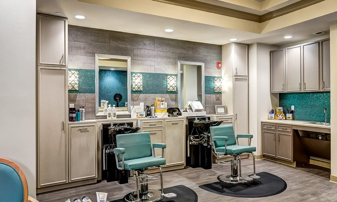 Look your best with our on-site salon and spa at Maplewood at Cuyahoga Falls.