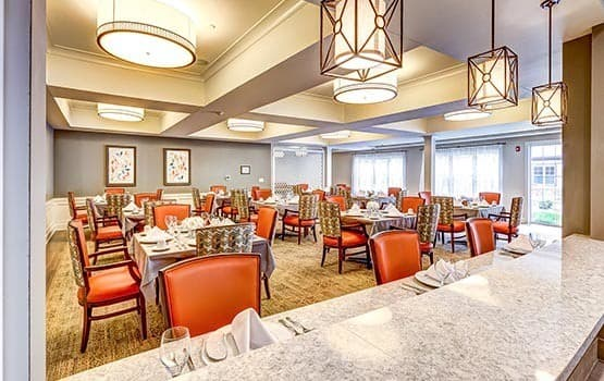 Dining at senior living in Twinsburg, OH