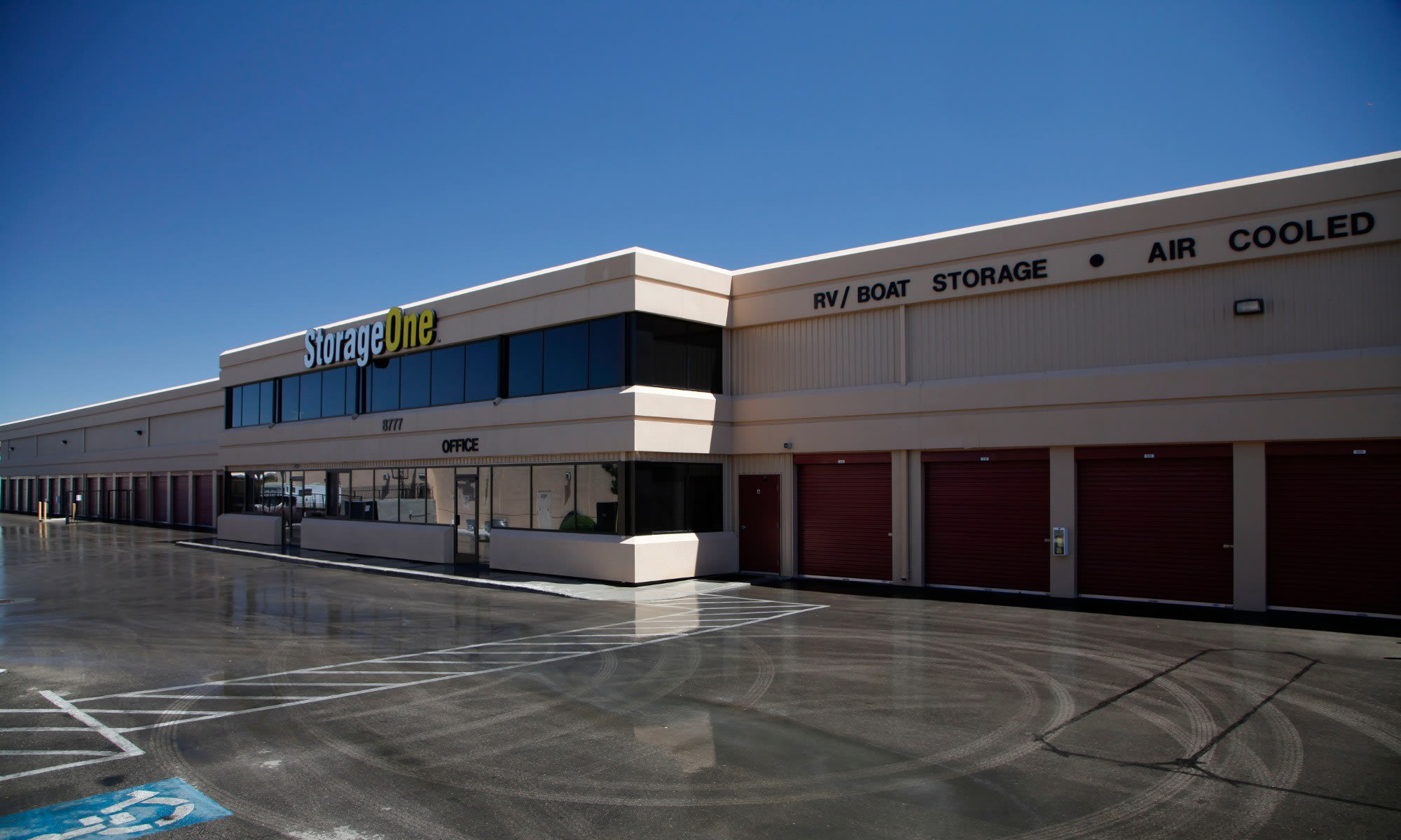 Self storage in las vegas nevada storageone durango at for Storage one rhodes ranch