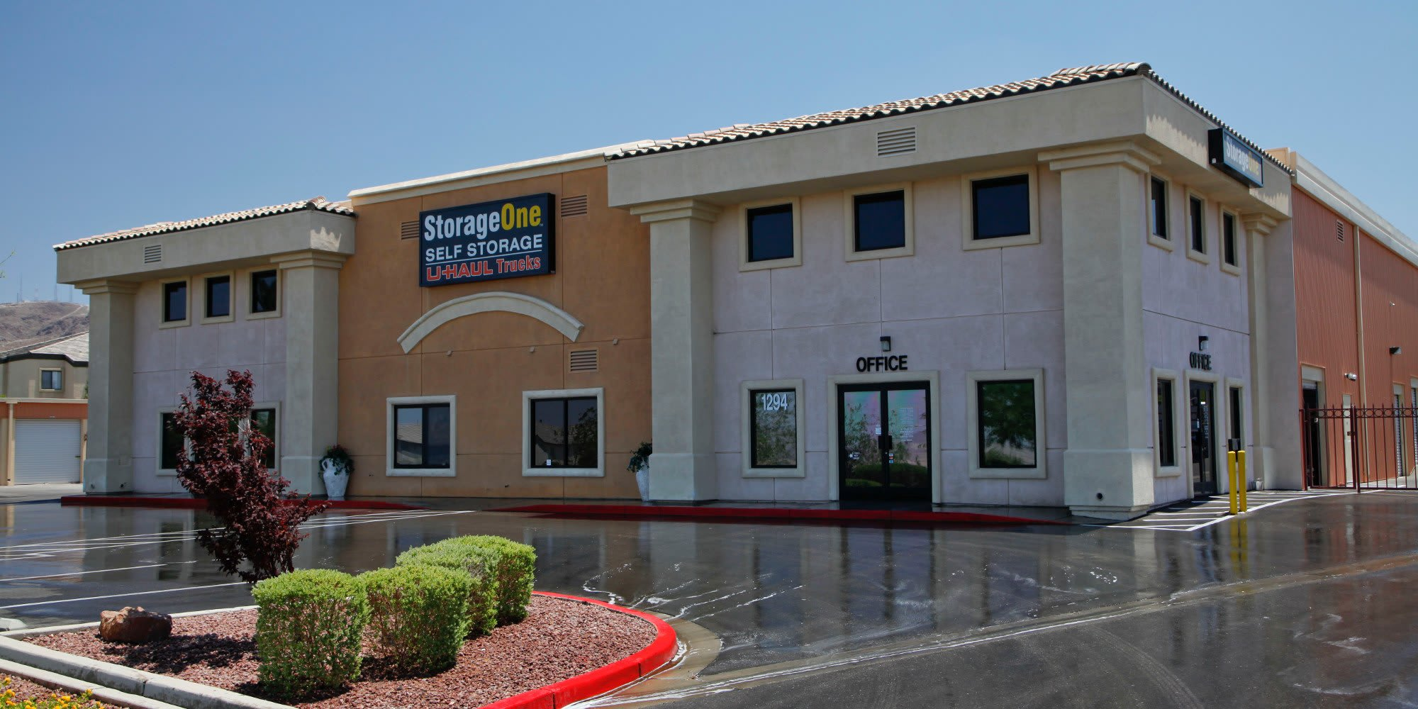 Self storage in Henderson NV
