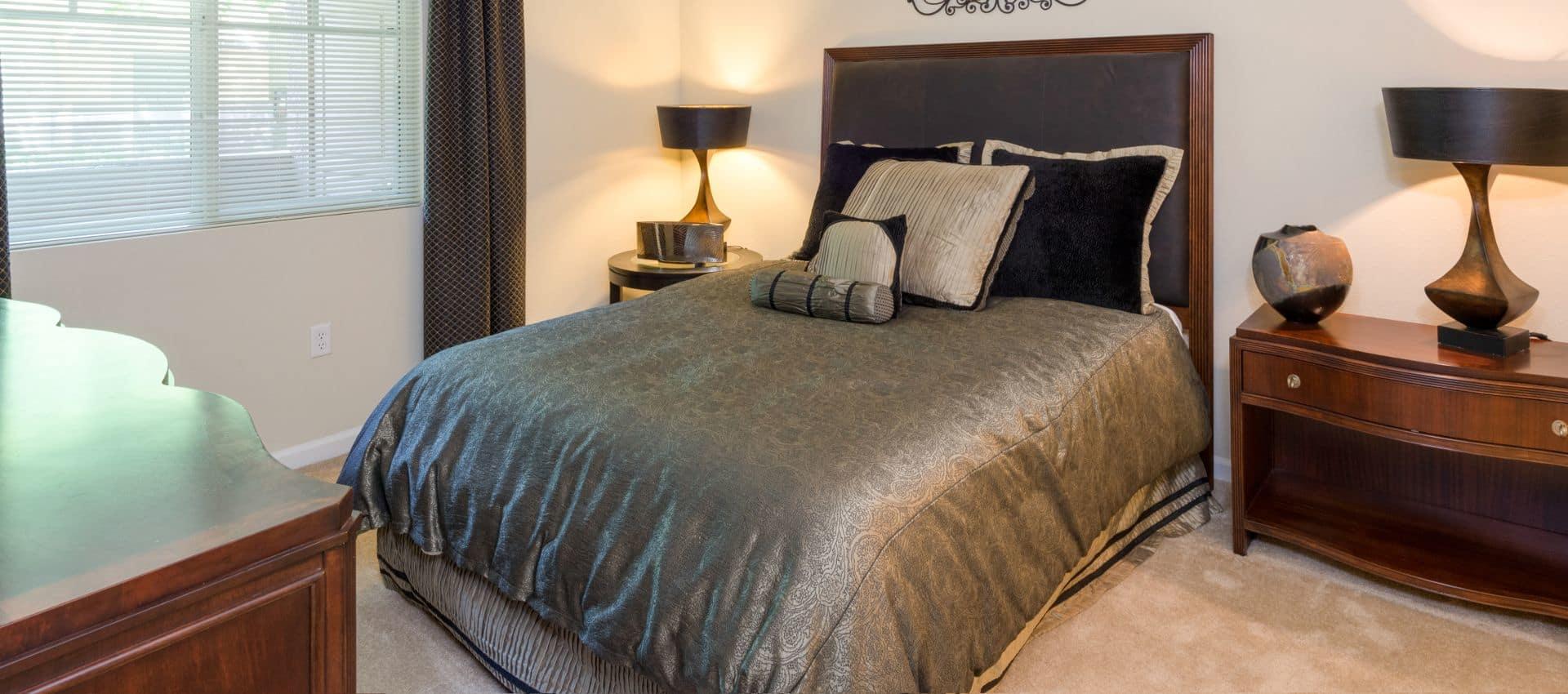 The Artisan Apartment Homes's Spacious Bedroom in Sacramento, CA