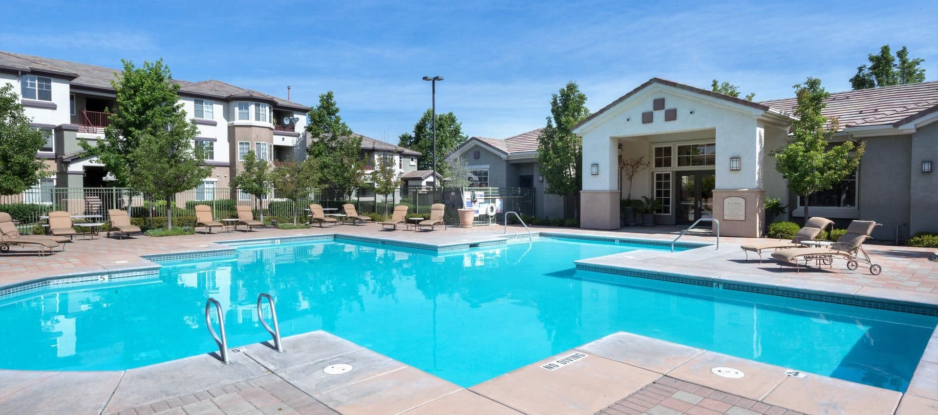 The Artisan Apartment Homes's Swimming Pool in Sacramento, CA