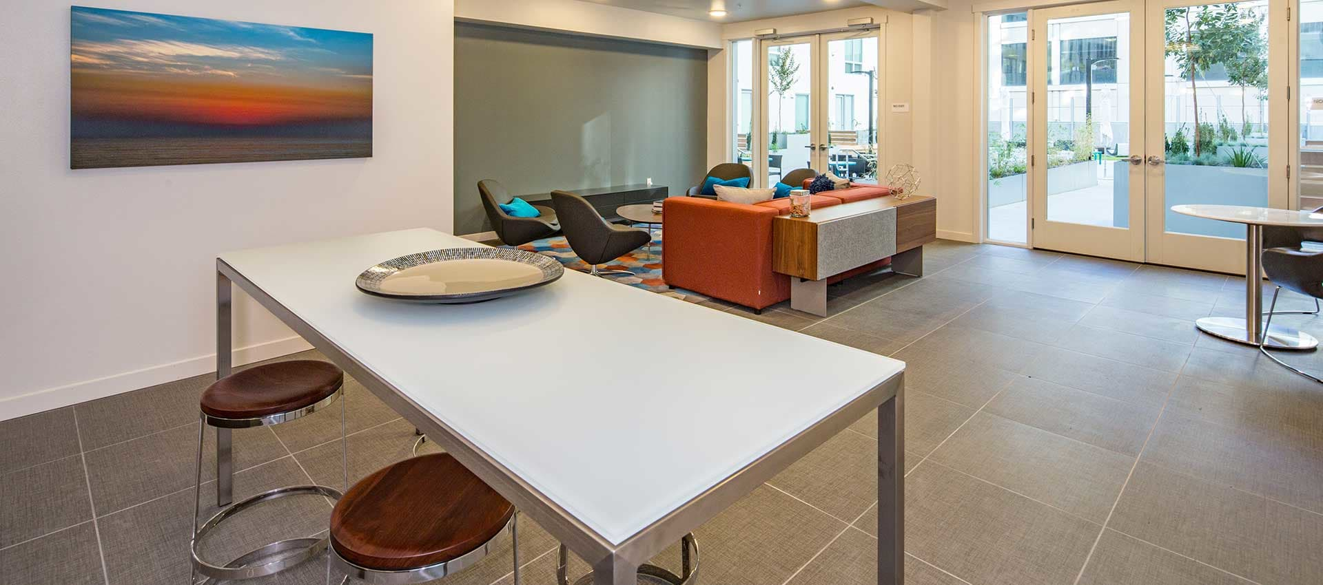 Resident lounge at EVIVA Midtown