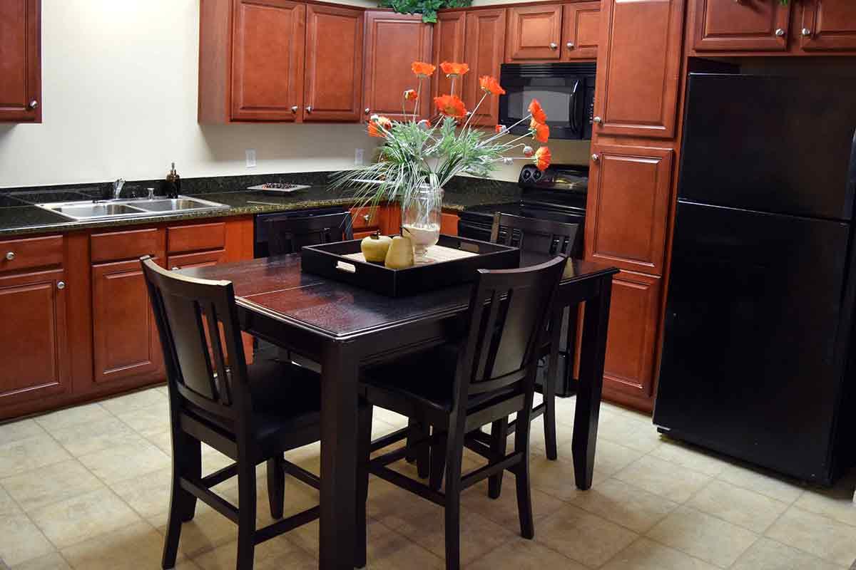 Kitchen table at Wolf Ranch Condominium Rentals in Sacramento