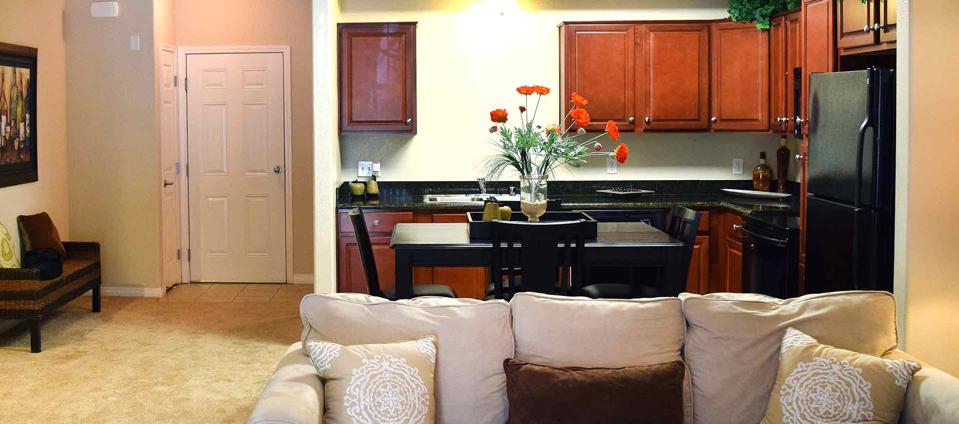Bright living room at Wolf Ranch Condominium Rentals in Sacramento