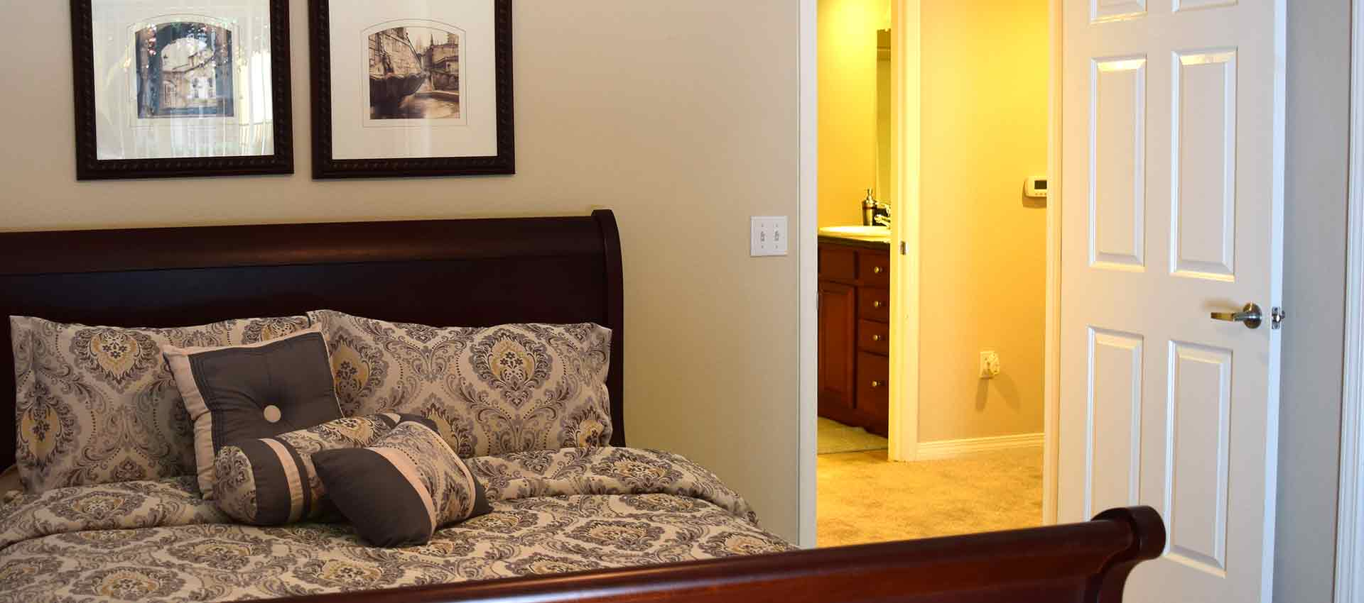 Wolf Ranch Condominium Rentals master bedroom in Sacramento