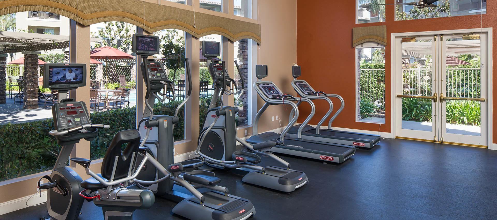 24 Hour Fitness Center Amenities Gallery
