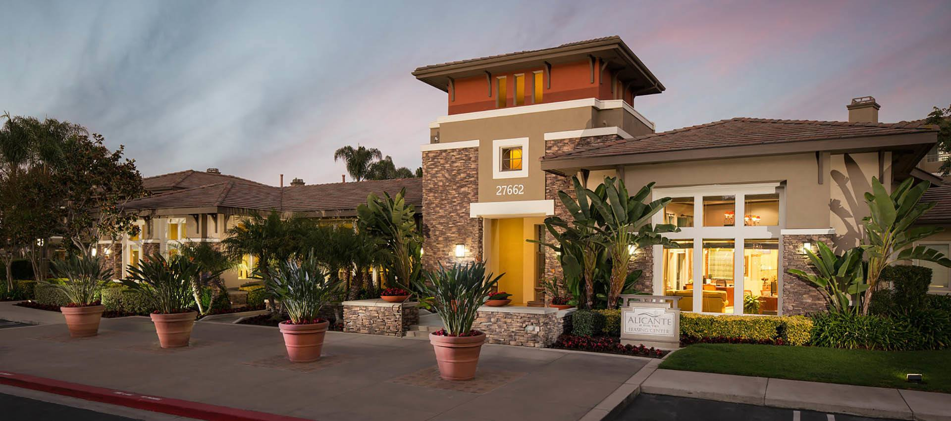 Your new home awaits you at Alicante Apartment Homes in Aliso Viejo, CA