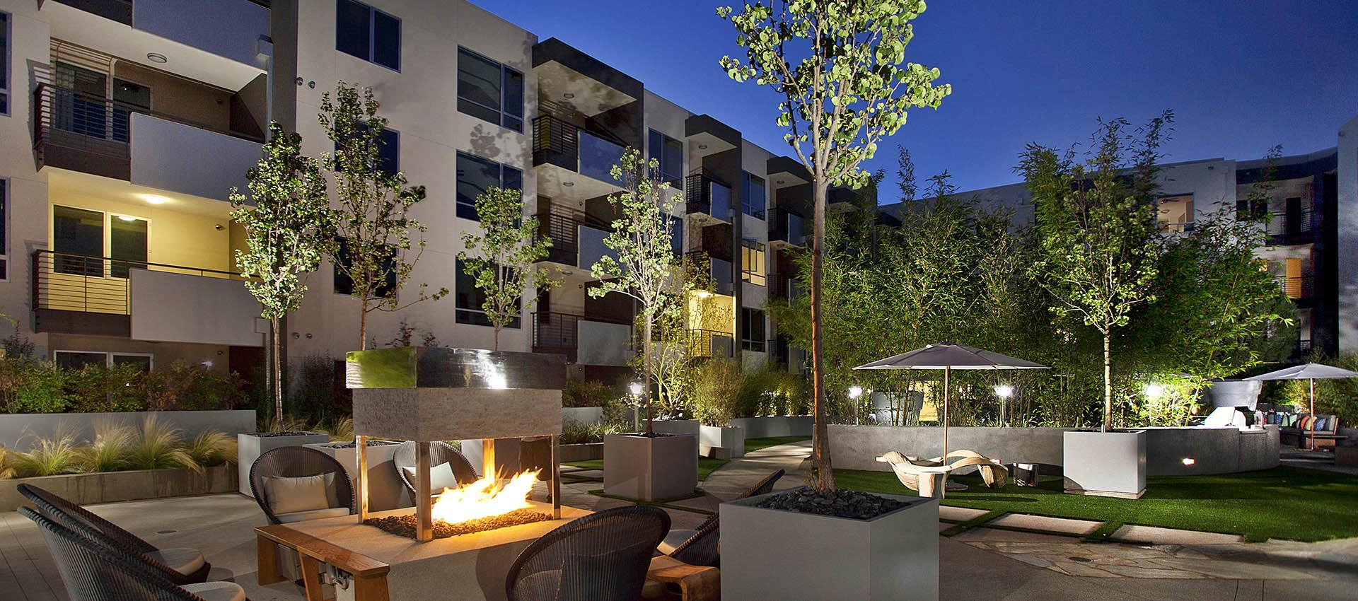Fire pit at apartments in Glendale