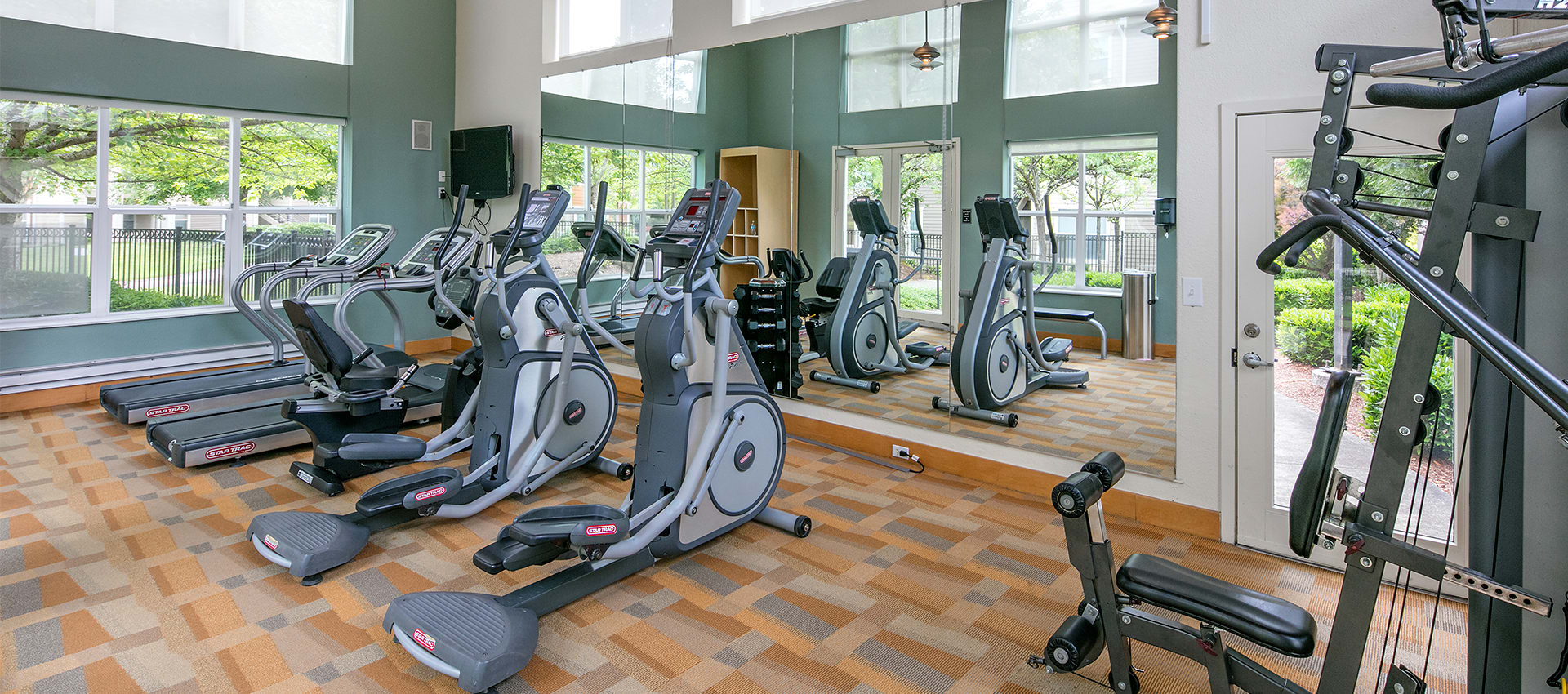 Fitness center at Center Pointe Apartment Homes in Beaverton, Oregon