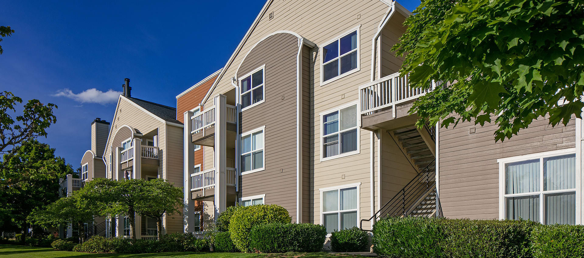 Contact Center Pointe Apartment Homes on our website