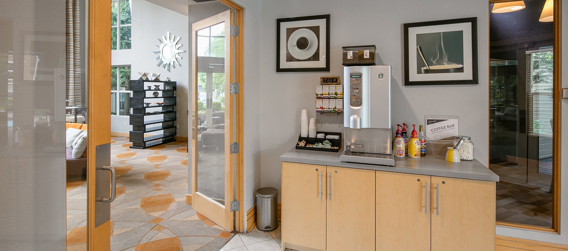 Coffee lounge at Center Pointe Apartment Homes in Beaverton, Oregon