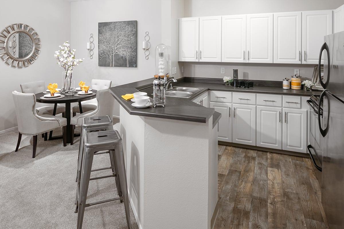 Luxury 1  2   U0026 3 Bedroom Apartments In Beaverton  Or