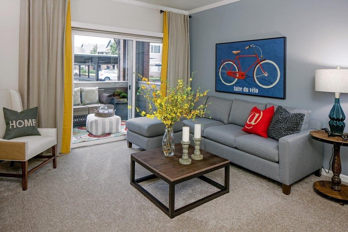 Living room layout at apartments in Hillsboro