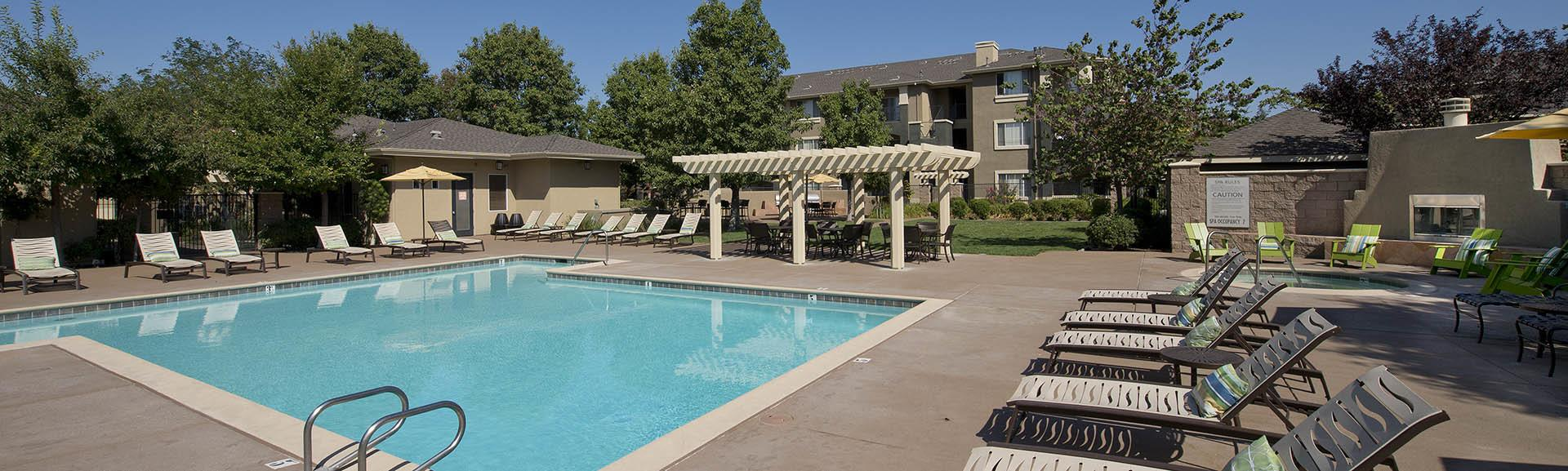 See what we have to offer by visiting Cross Pointe Apartment Homes's amenities page.