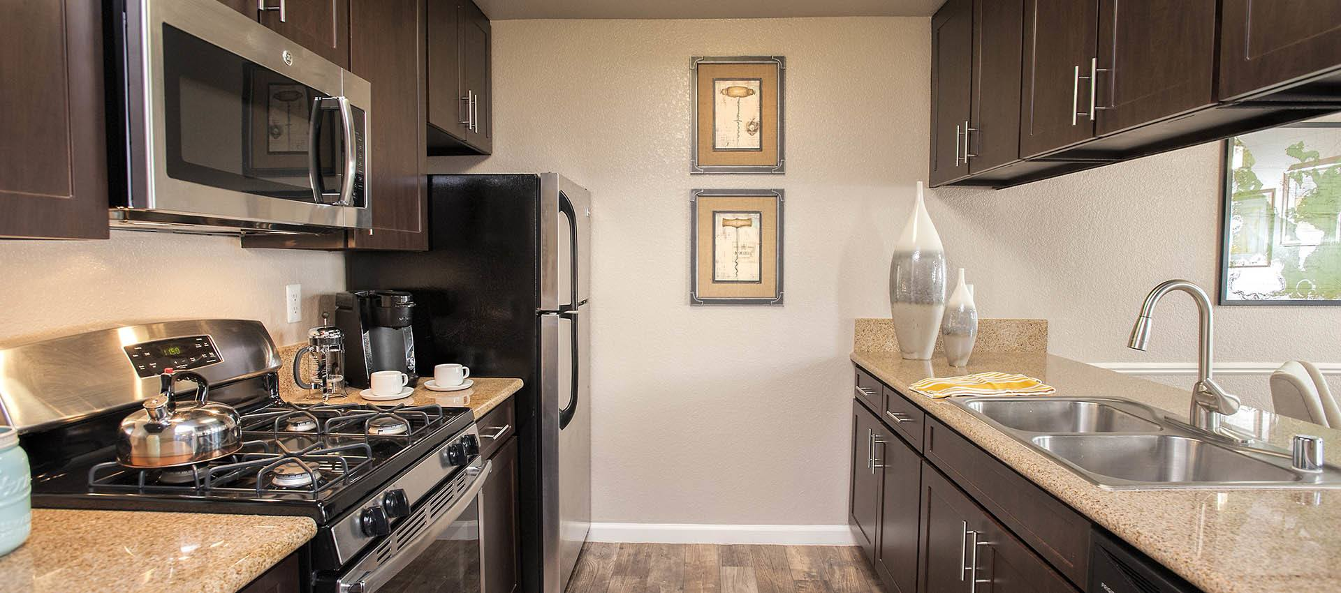 Luxury Kitchen at Deer Valley Apartment Homes in Roseville, California