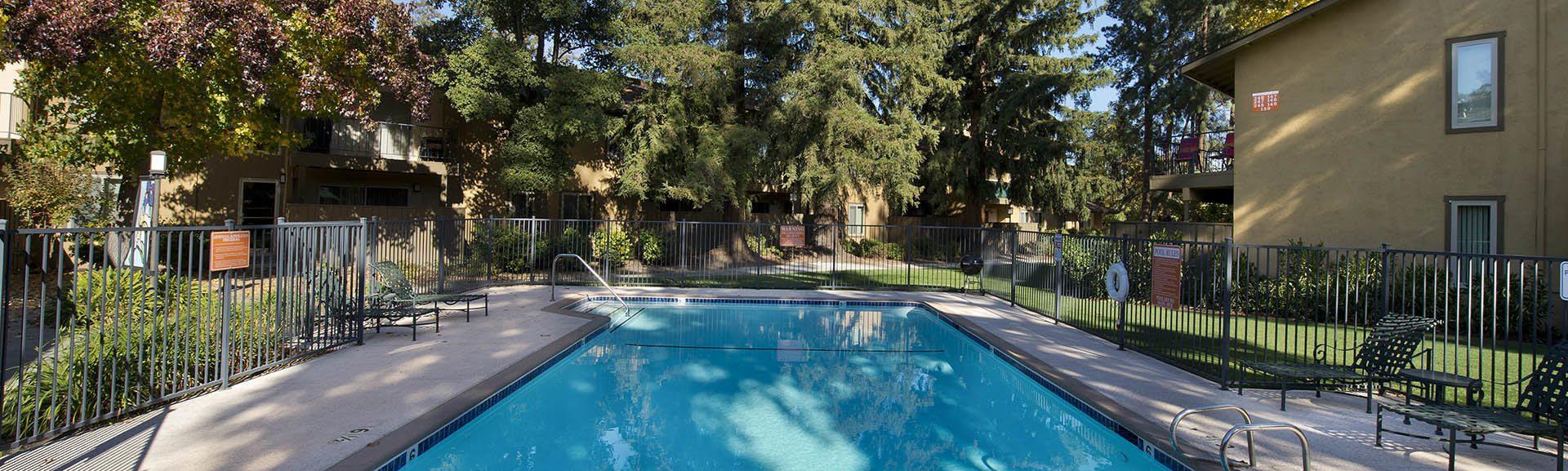 Apply online for your luxury apartment at Flora Condominium Rentals