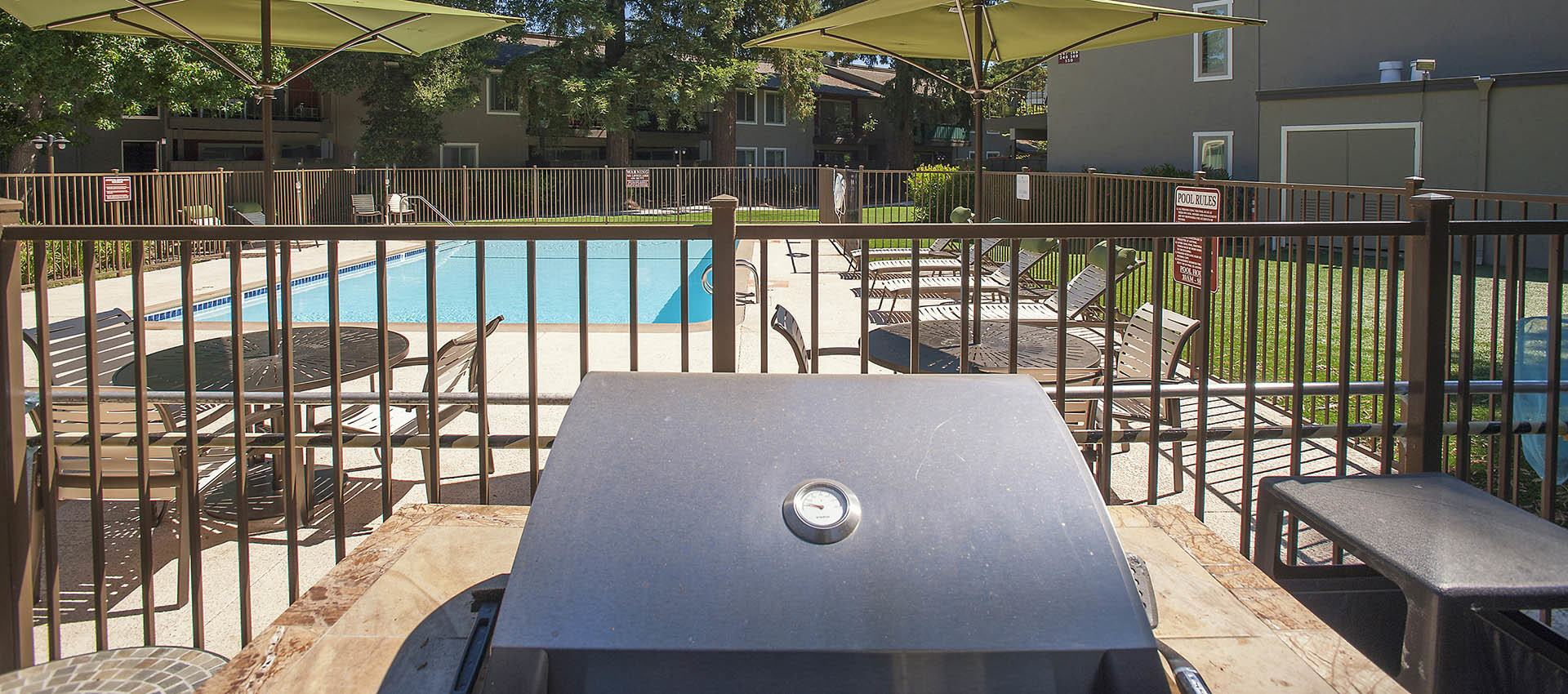 Bbq Grill at Flora Condominium Rentals in Walnut Creek, California