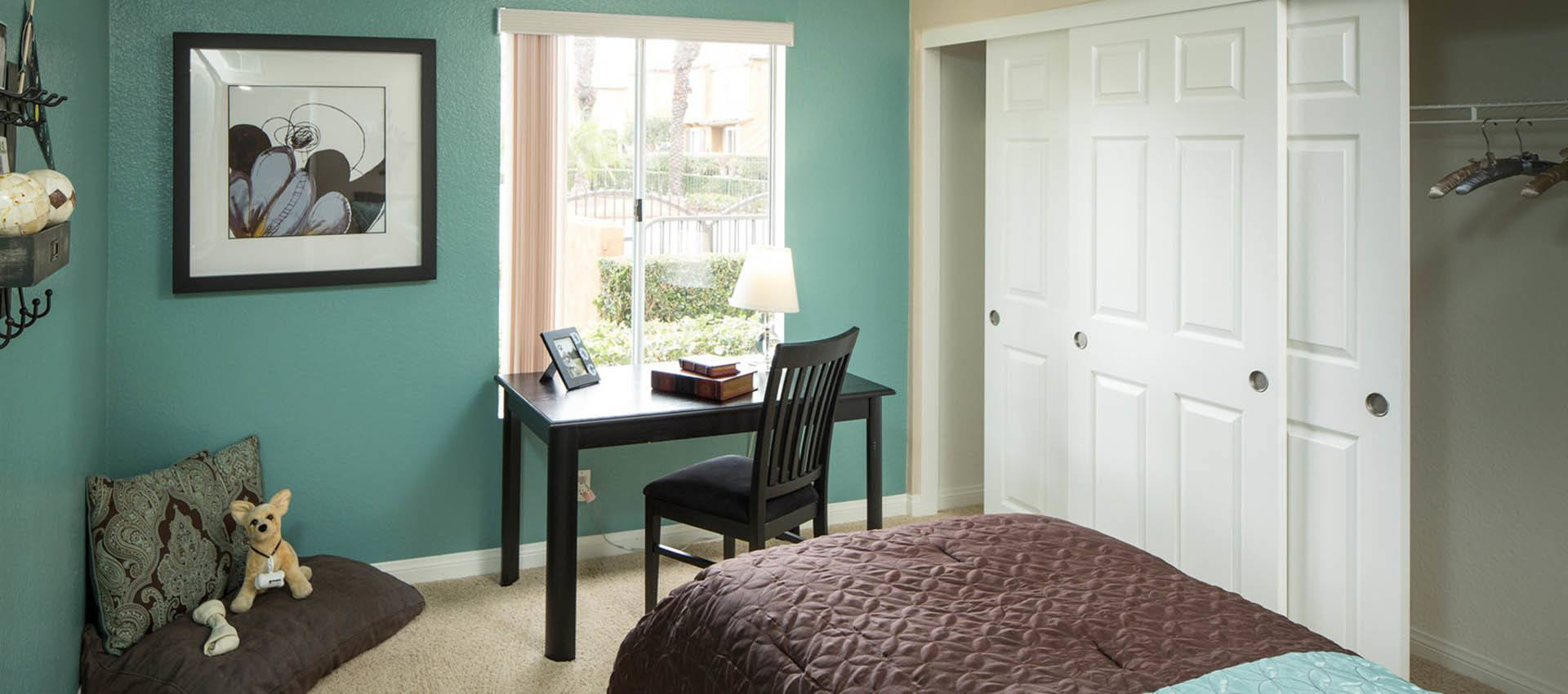 Bedroom With Desk at Hidden Hills Condominium Rentals in Laguna Niguel, CA