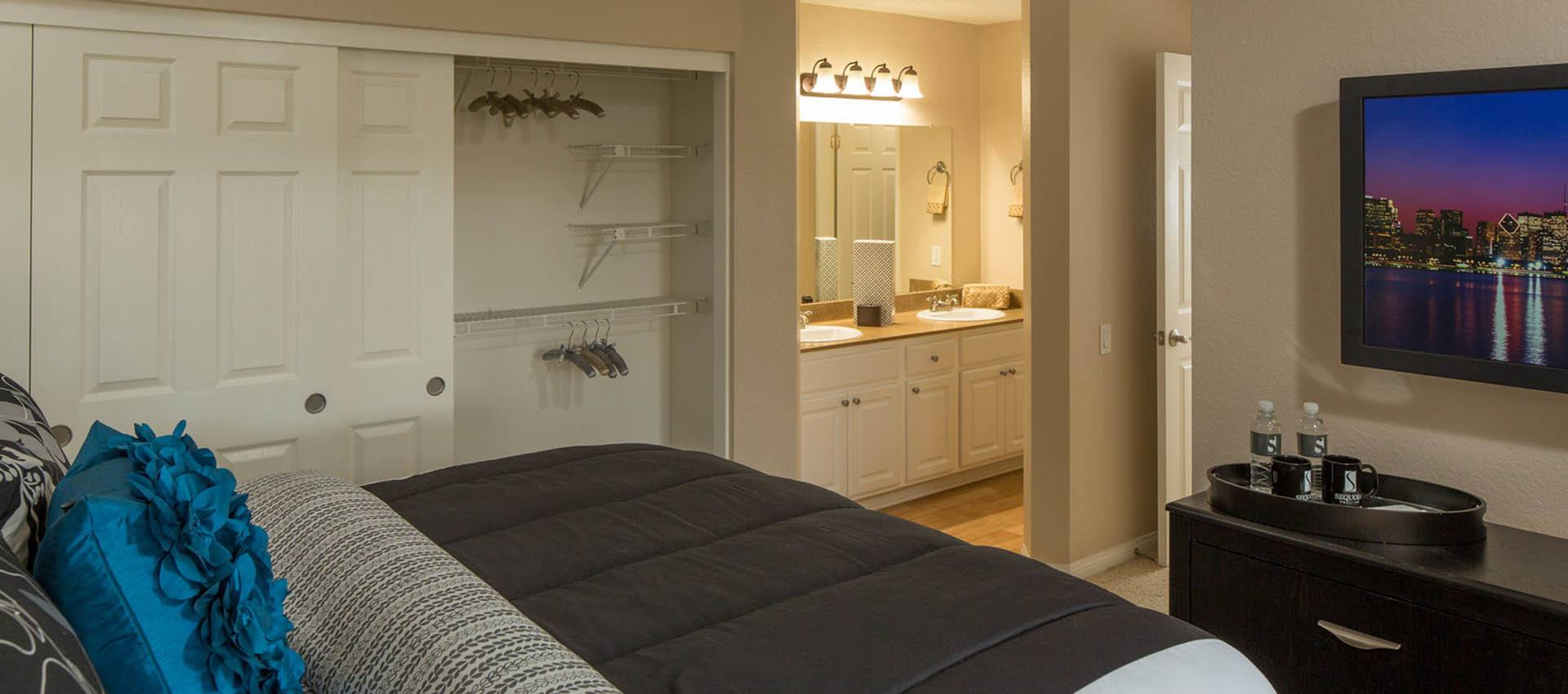 Spacious Master Bedroom at Hidden Hills Condominium Rentals in Laguna Niguel, CA