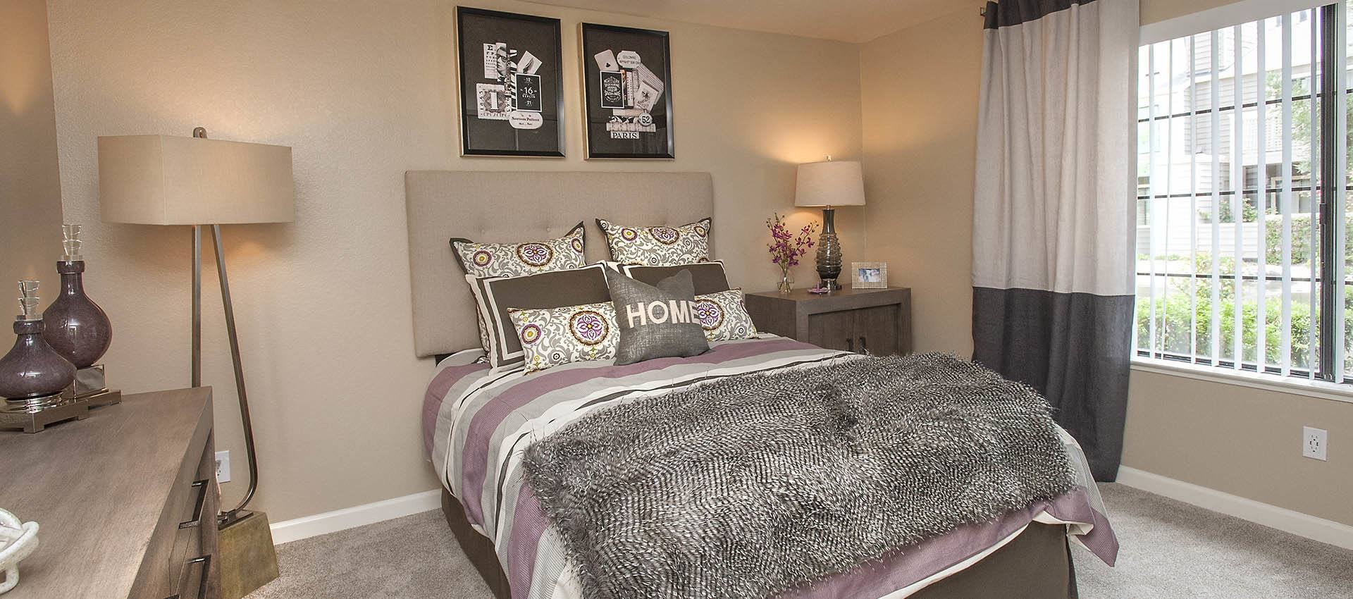 Large Bedroom With Modern Decor at Hidden Lake Condominium Rentals in Sacramento, CA