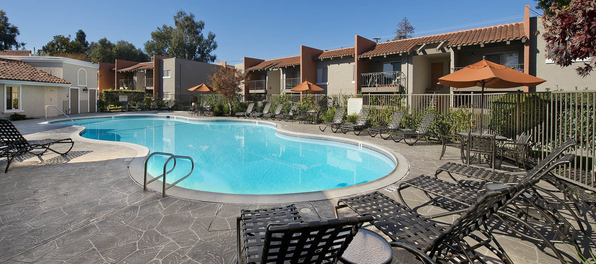 Expansive Pool Deck with WiFi at La Valencia Apartment Homes in Campbell