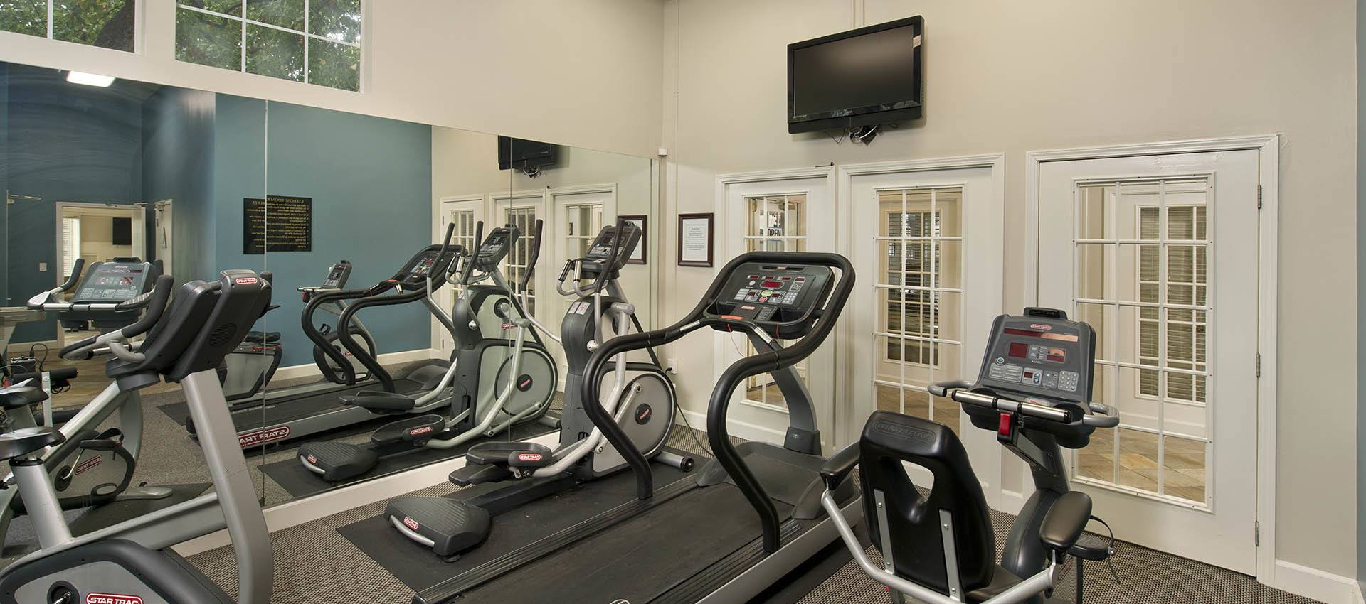 Fitness Center at Mill Springs Park Apartment Homes in CA