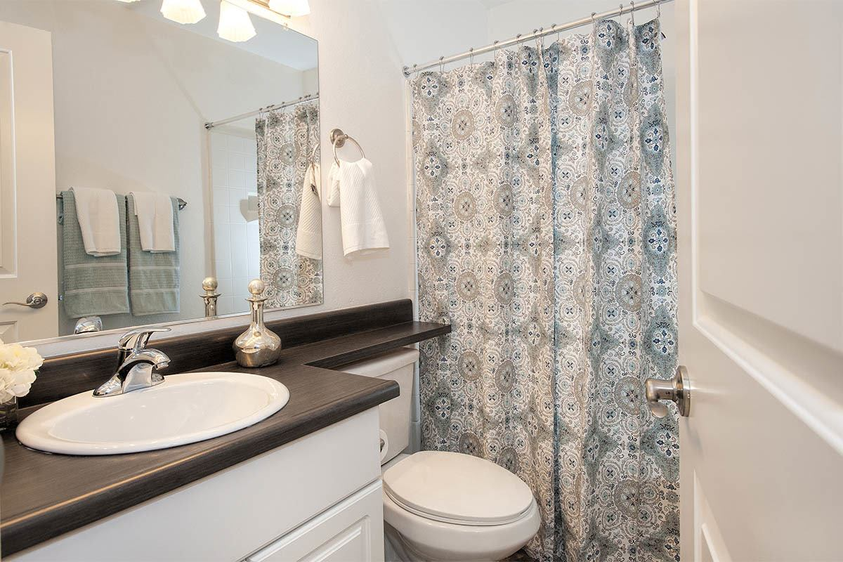 Mill Springs Park Apartment Homes offers a beautiful bathroom at apartment homes in Livermore, California