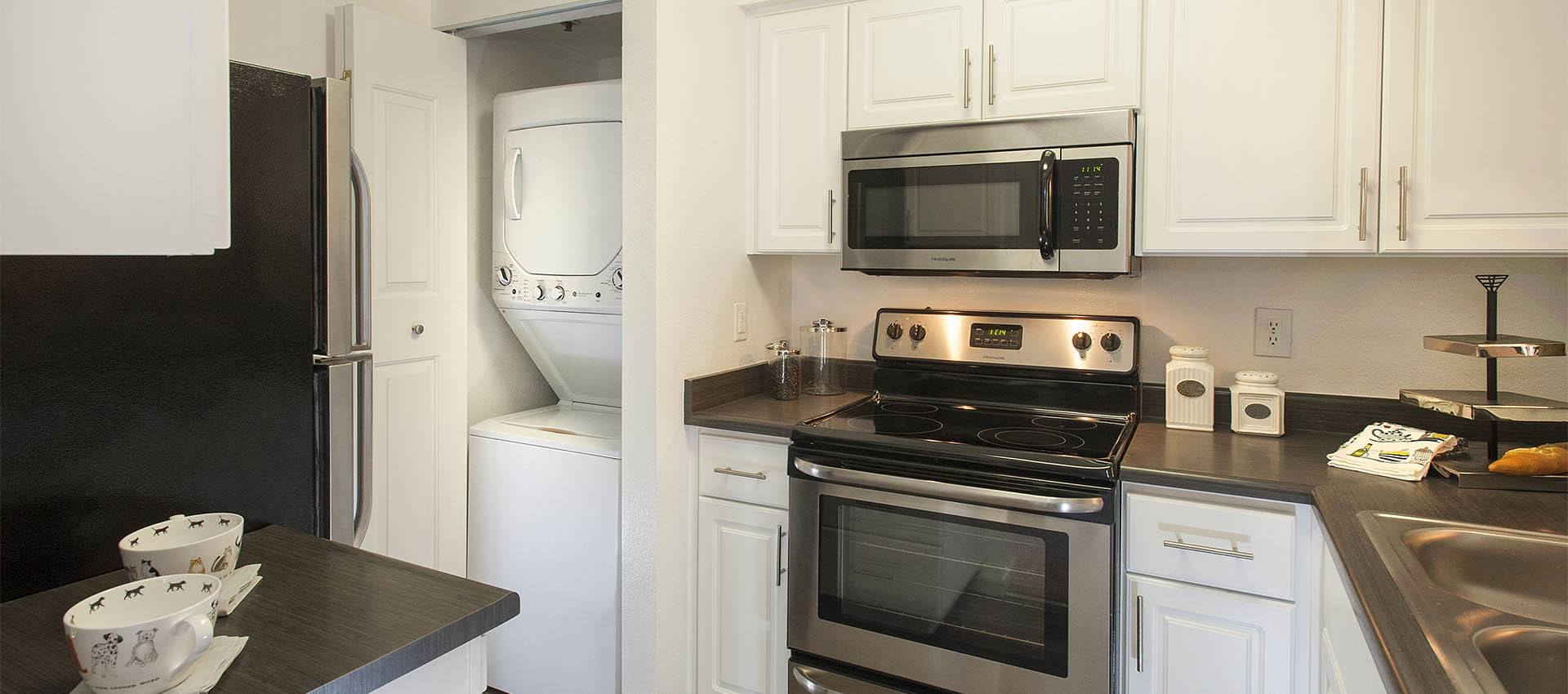 Luxury Kitchens at Mill Springs Park Apartment Homes in Livermore