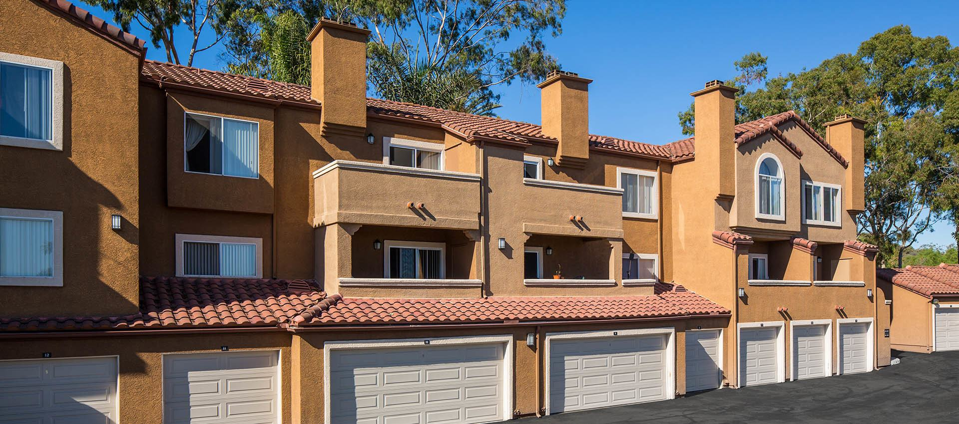 Condos With Garages at Niguel Summit Condominium Rentals in Laguna Niguel, CA