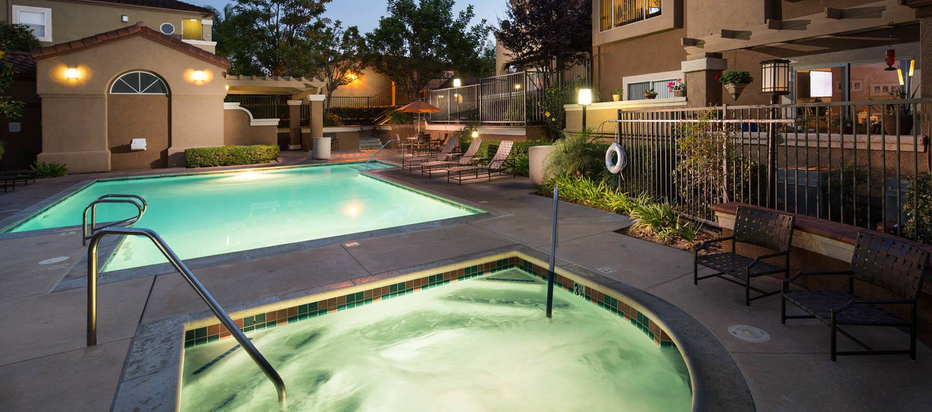 Expansive pool deck with spa at Niguel Summit Condominium Rentals in Laguna Niguel, California