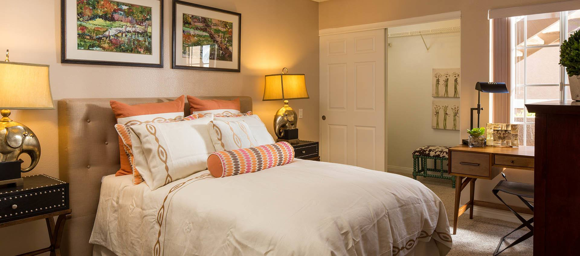 Nicely Decorated Master Bedroom at Paloma Summit Condominium Rentals in Foothill Ranch, CA