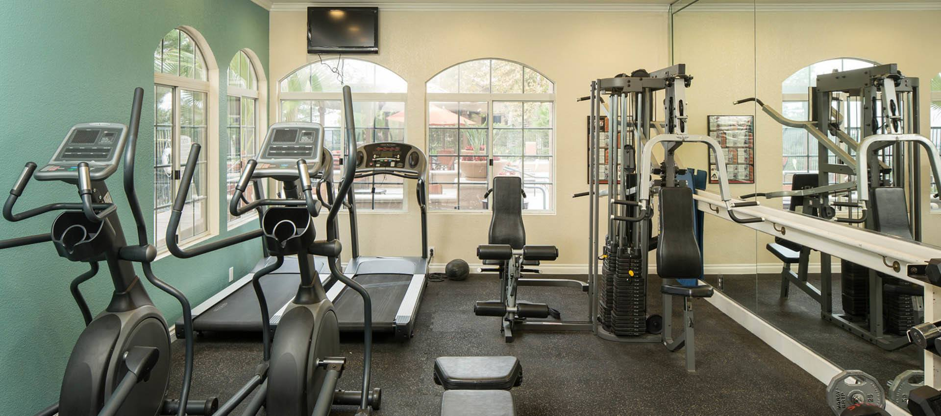 Well Equipped Fitness Center at Paloma Summit Condominium Rentals in Foothill Ranch, CA