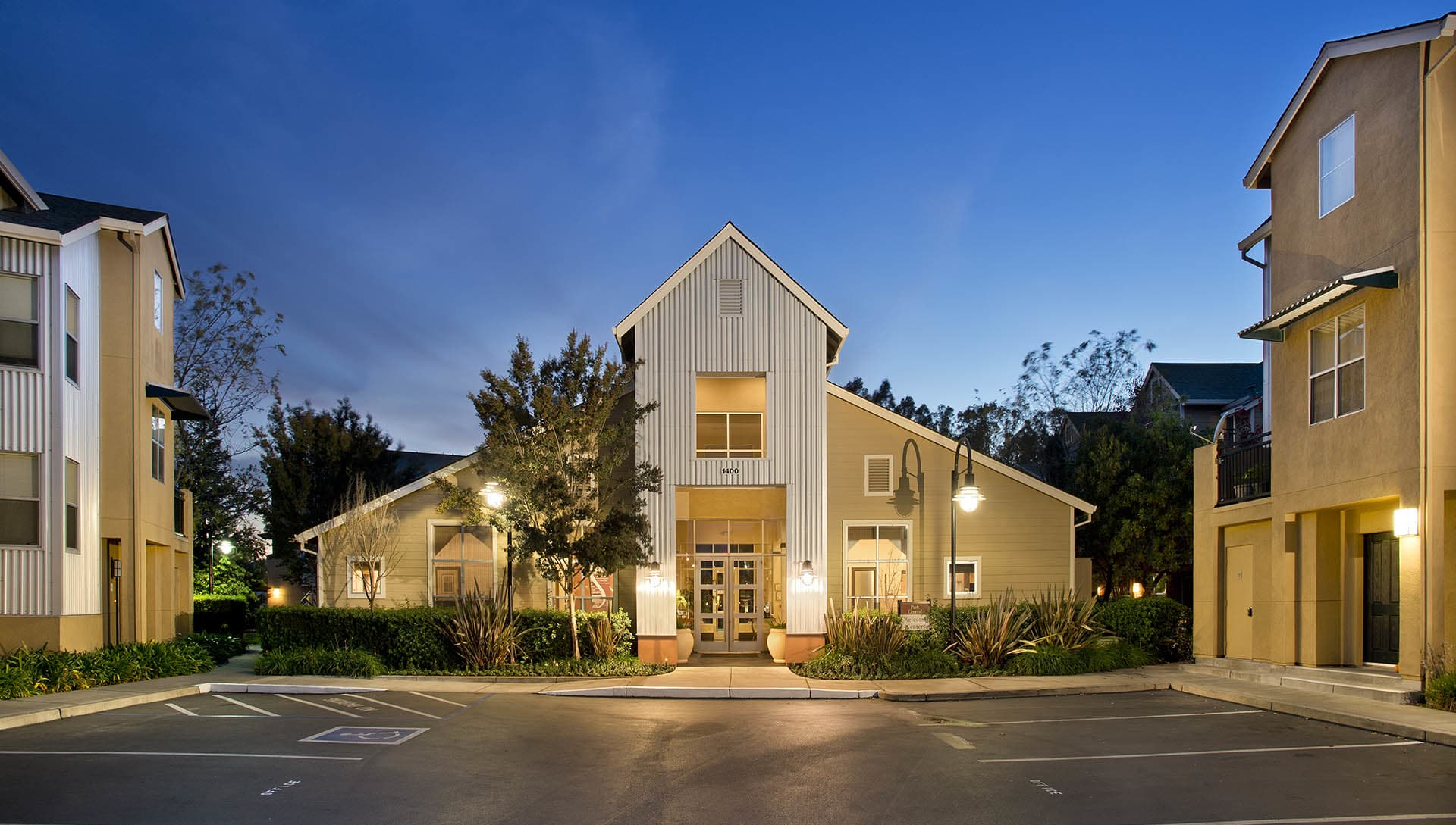 Southeast Petaluma, CA Apartments for Rent | Azure ...
