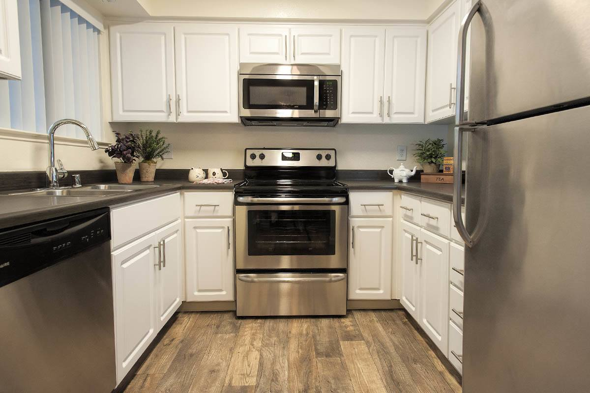 Luxury Kitchen at Park Ridge Apartment Homes in Rohnert Park