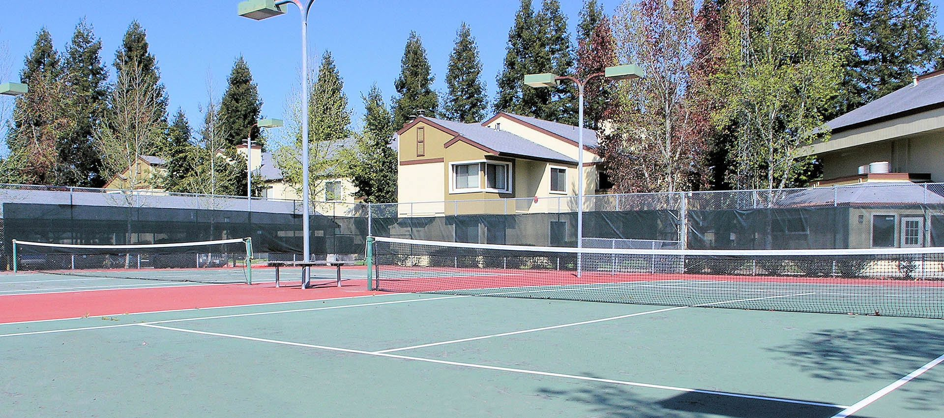 Tennis courts at Park Ridge Apartment Homes in Rohnert Park, CA