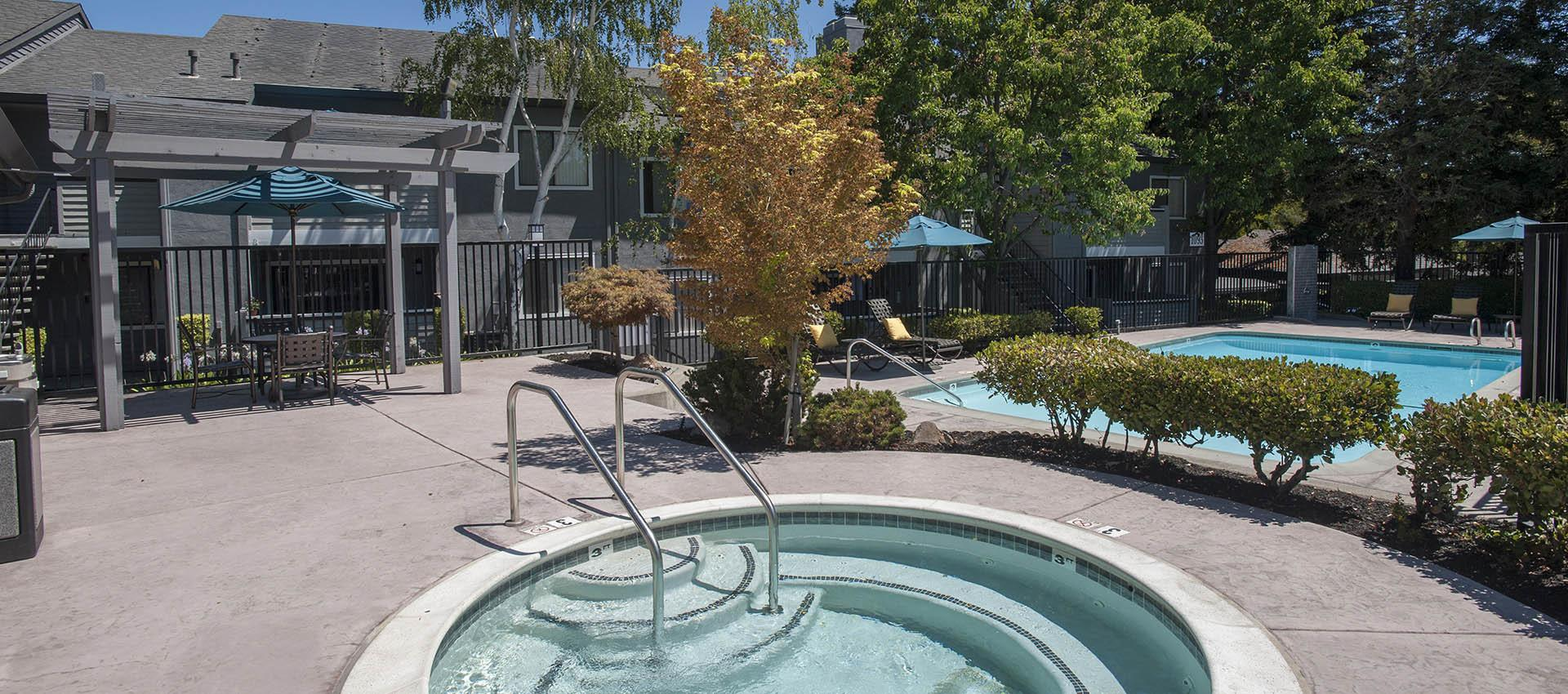 Hot Tub And Pool Deck at Plum Tree Apartment Homes in Martinez, CA