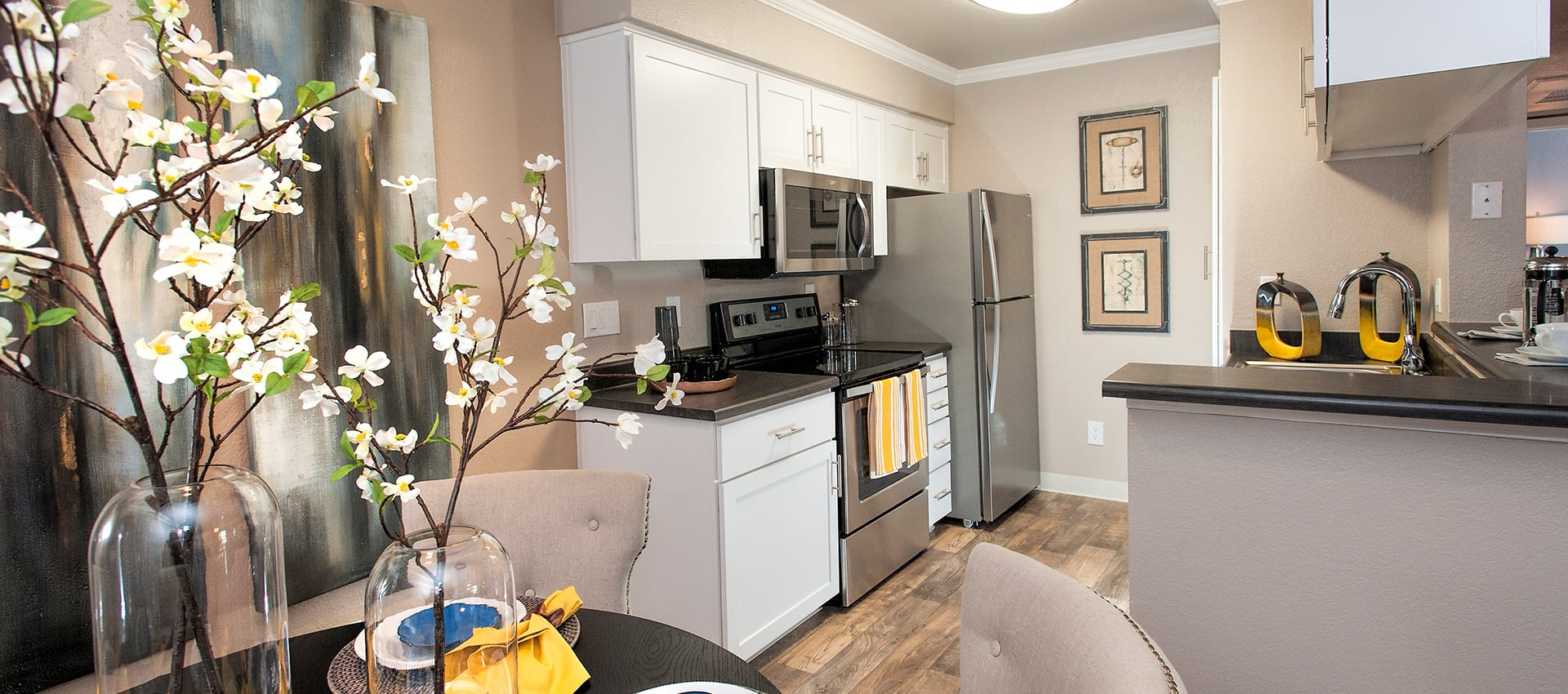Kitchen at Reserve at Capital Center Apartment Homes in Rancho Cordova, CA