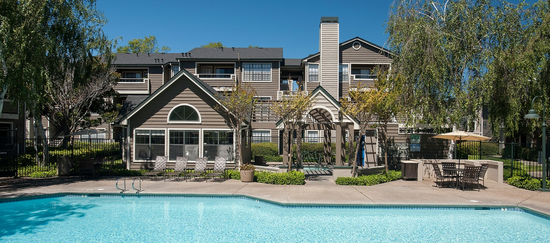 Expansive Pool Deck at Reserve at Capital Center Apartment Homes in Rancho Cordova, CA