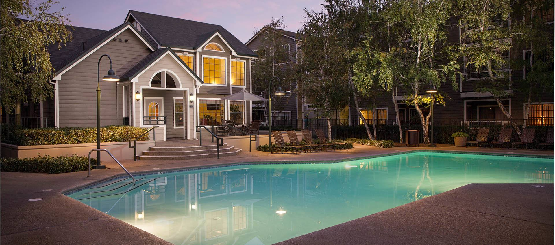 Clubhouse And Resort Style Pool at Reserve at Capital Center Apartment Homes in Rancho Cordova, CA