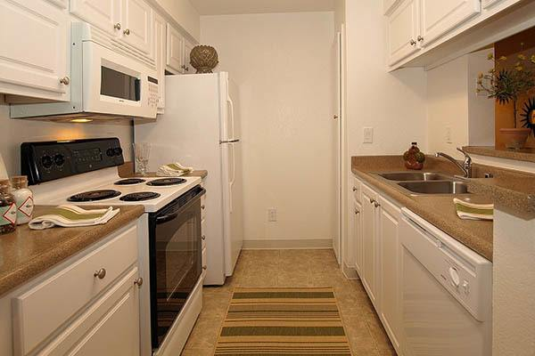 Standard features at Reserve at Capital Center Apartment Homes in Rancho Cordova