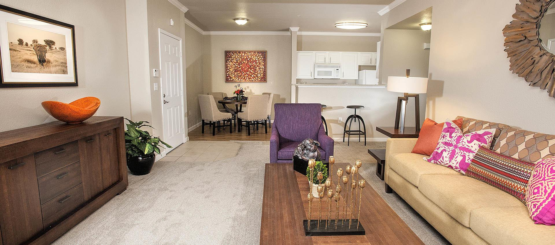 Living Area at River Oaks Apartment Homes in Vacaville