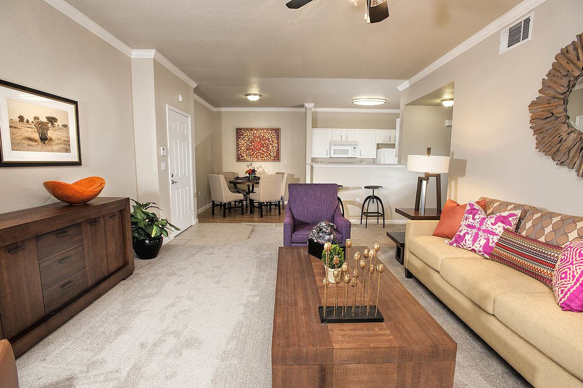 Spacious Living Area at River Oaks Apartment Homes in Vacaville