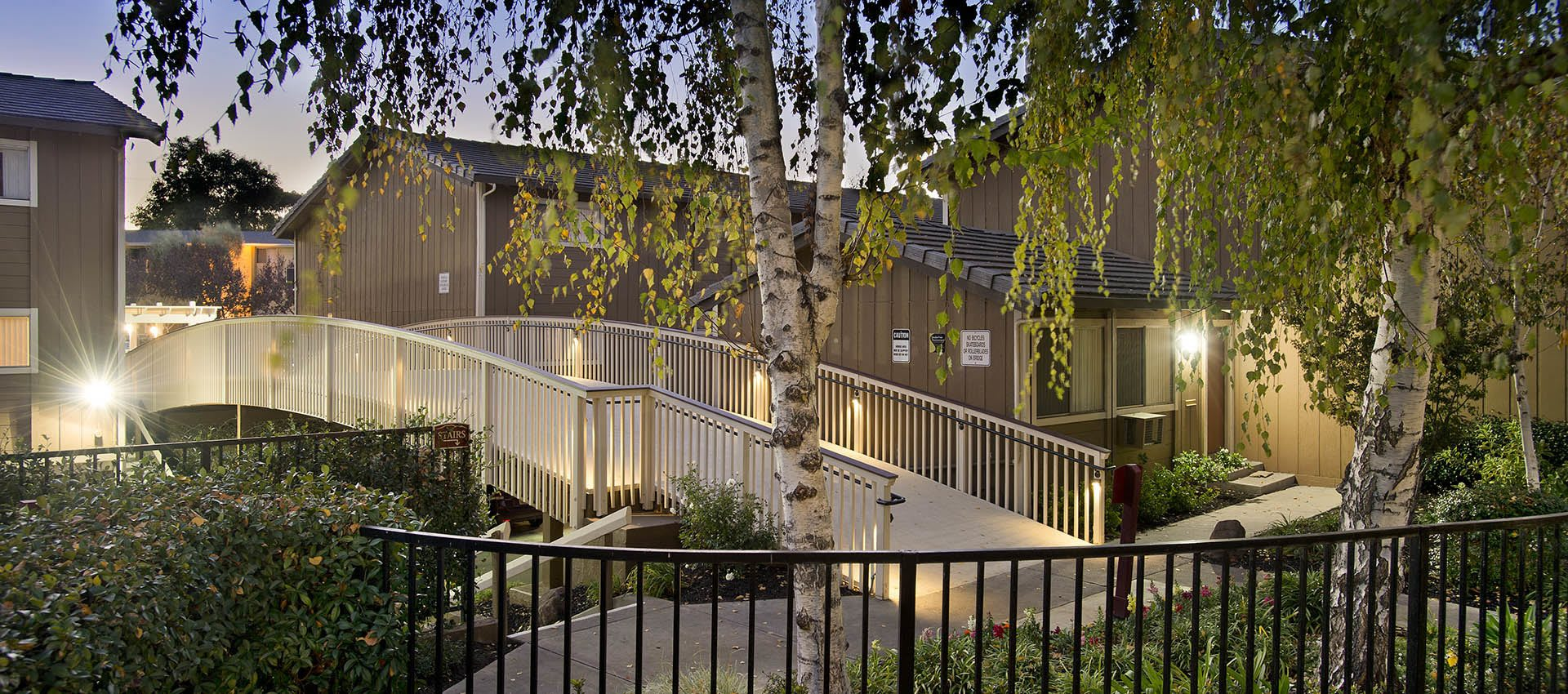 Exterior Or Apartments With Bridge at Shadow Oaks Apartment Homes in Cupertino