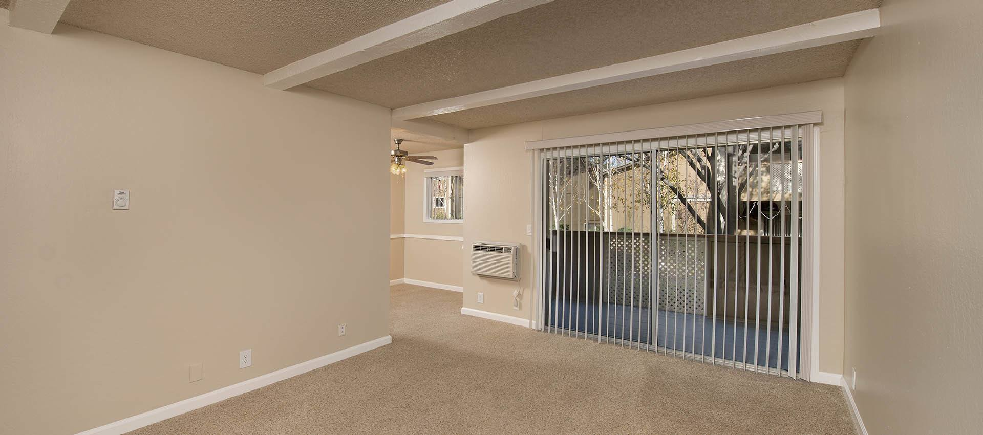 Spacious Living Room at Shadow Oaks Apartment Homes in Cupertino