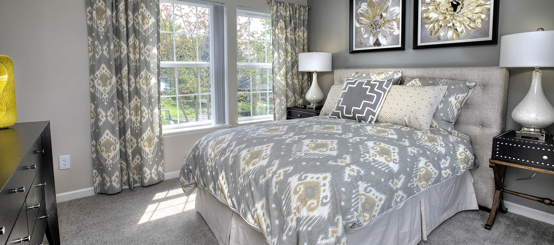 Bedroom at Slate Ridge at Fisher's Landing Apartment Homes in Vancouver, WA