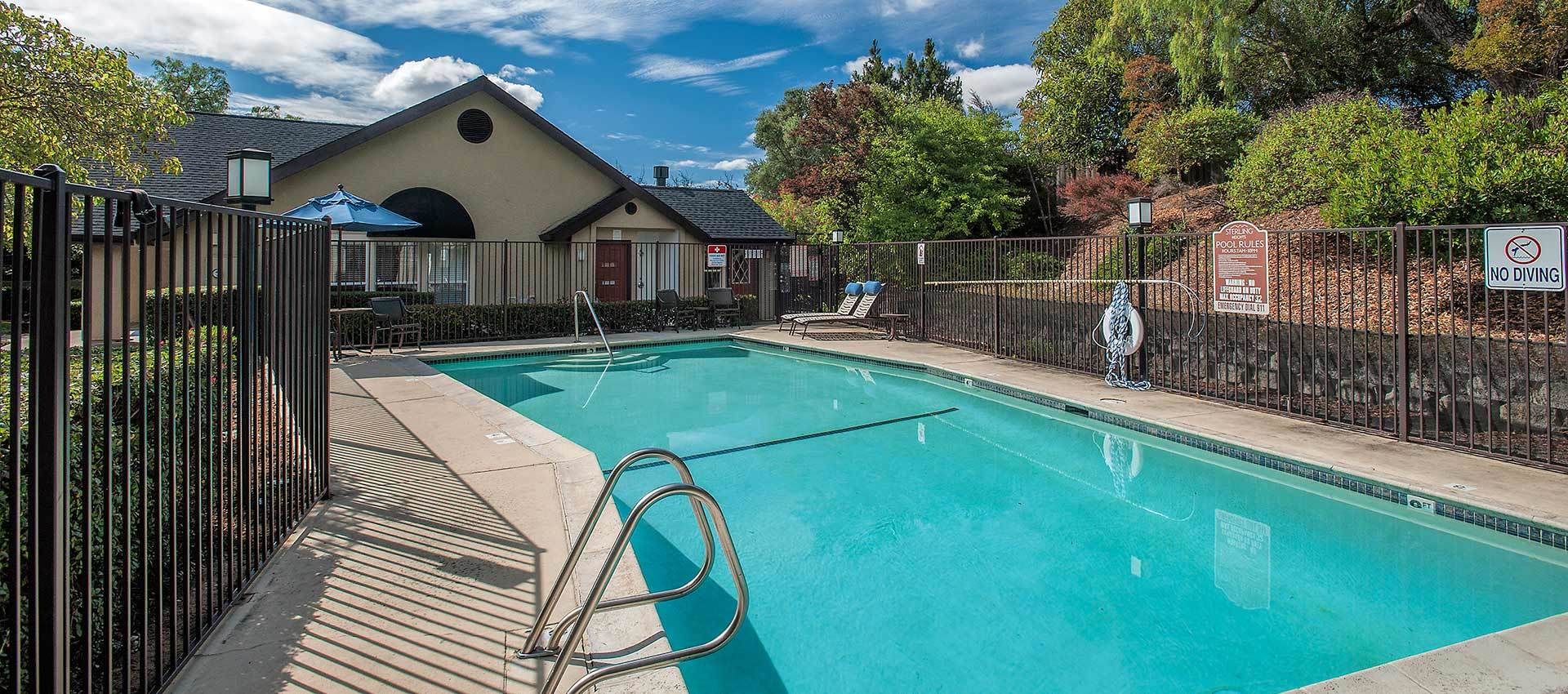 Pool and Spa Sterling Heights Apartment Homes in Benicia