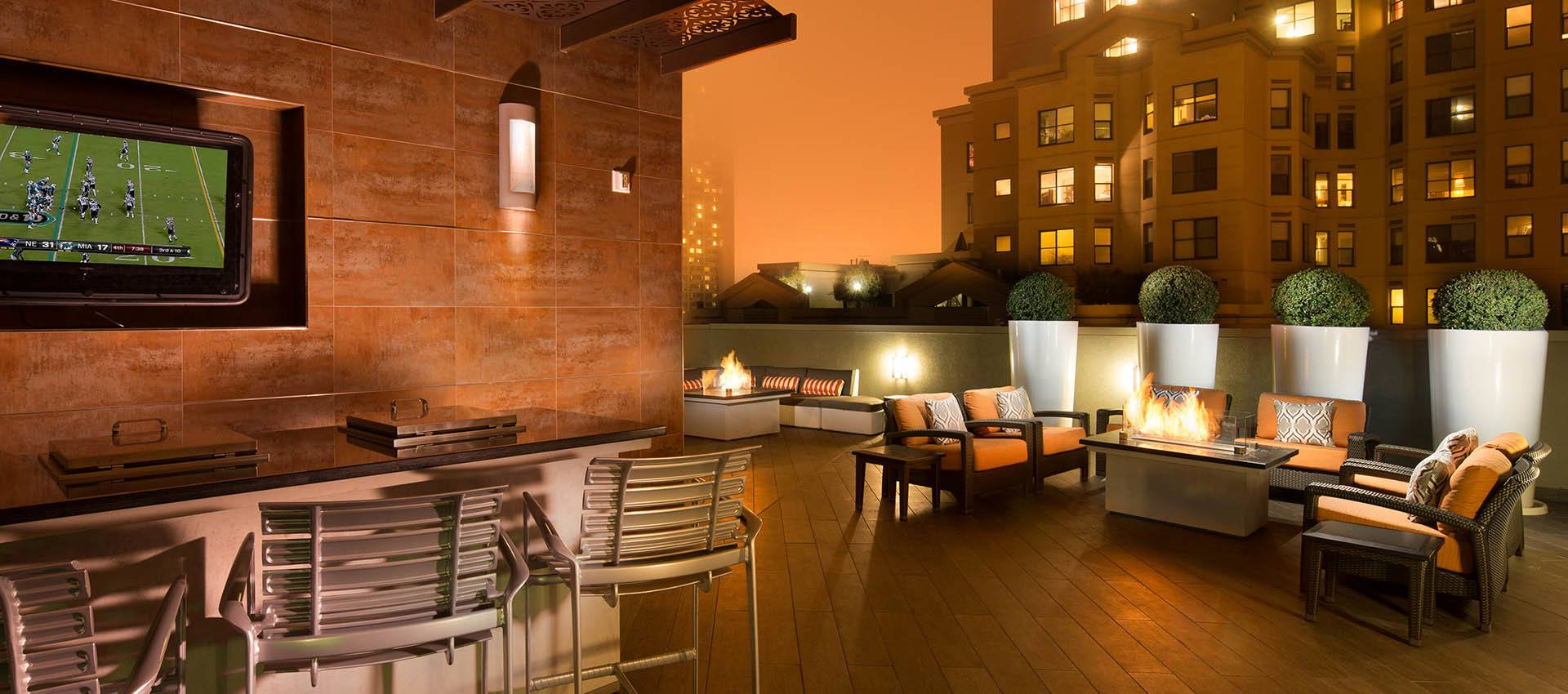 Firepits And Seating at Tower 737 Condominium Rentals in San Francisco